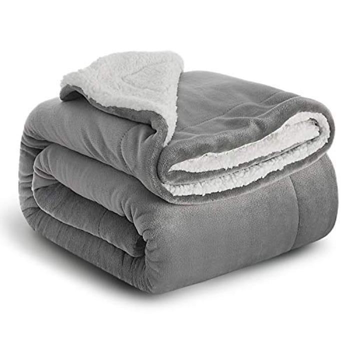 Plush and Warm Sherpa Fleece Blankets
