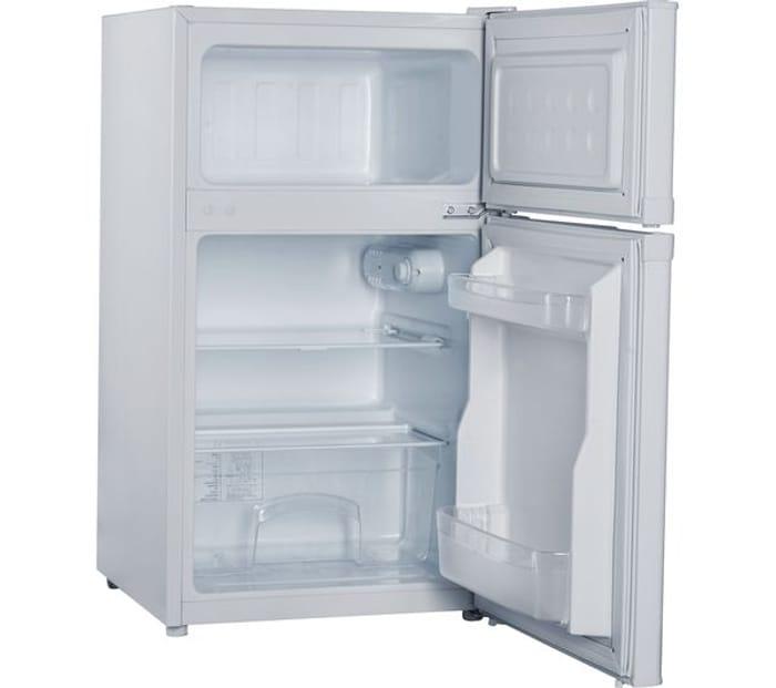 Cheap ESSENTIALS CUC50W18 70/30 Fridge Freezer - White Only £109.99