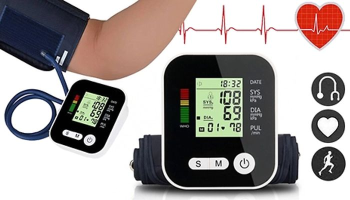 4-in-1 Blood Pressure Monitor with LCD Display + Voice Function Del £4
