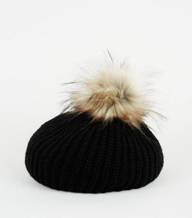 Black Faux Fur Pom Pom Knit Beret