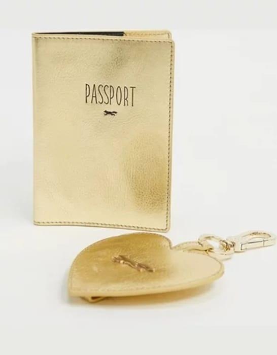 CHEAP! Paul Costelloe Leather Heart Keychain and Passport Holder In Metallic