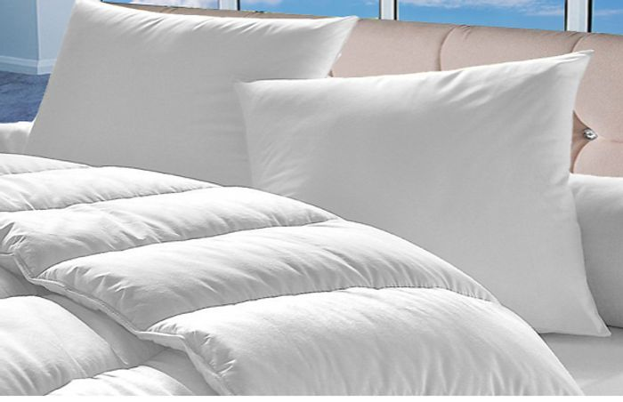 15 Tog Bounce Back Hypoallergenic Duvet with 4 Pillows + EXTRA 10% Off