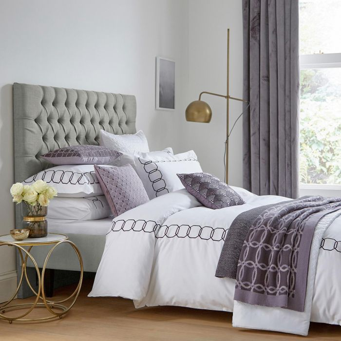 King Size White and Damson Cotton Sateen 300 Thread Count 'Milano' Duvet Cover