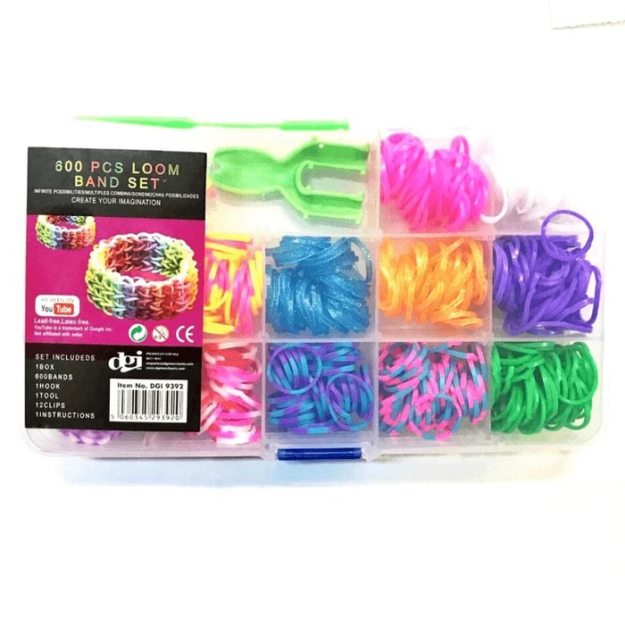 600 PIECE LOOM BAND SET (£3.50 Delivery or Free over £25)