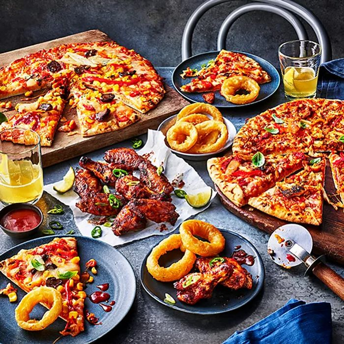 M&S Meal Deal - 2 Pizzas + 2 Sides Only 10£