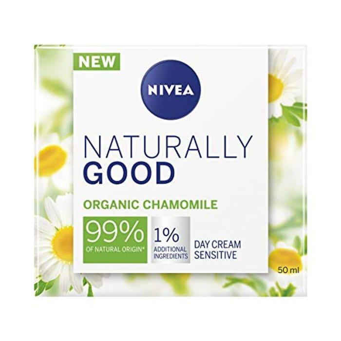 Nivea Naturally Good Radiance Sensitive Day Cream (50 Ml)