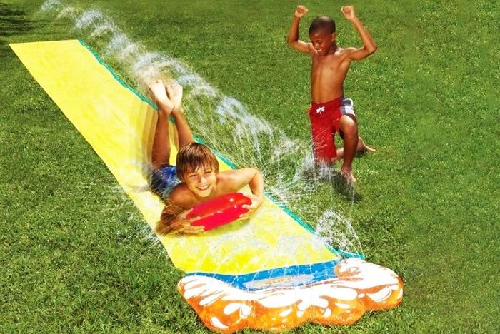 Cheap 16ft 2-in-1 Water Slide with Vertical Sprinkler Only £12.99