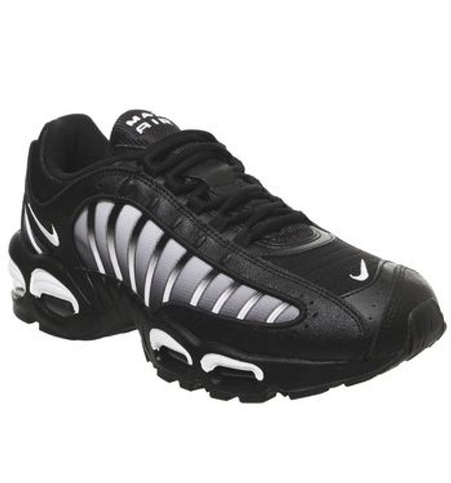 Cheap Nike Air Max Tailwind 4 at Offspring £50!
