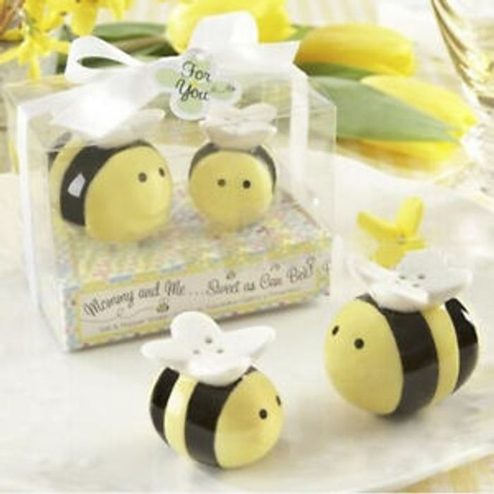 Ceramic Salt Pepper Shaker Cute Honey Bee