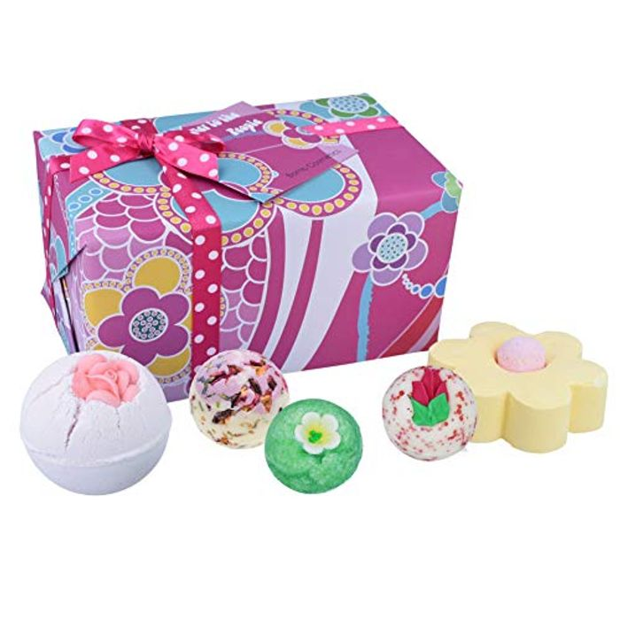 Bomb Cosmetics Flower to the People Handmade Wrapped Bath