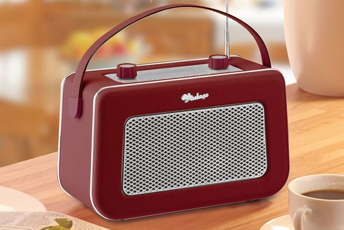 *SAVE £100* Zennox Vintage Digital Radio - 7 Colours!