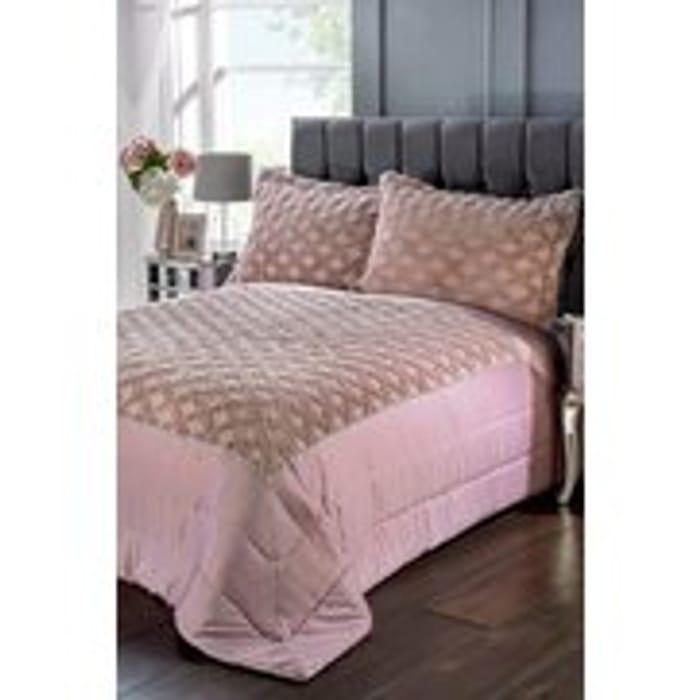 Lattice Plush Diamant Bedspread, 2 Colours