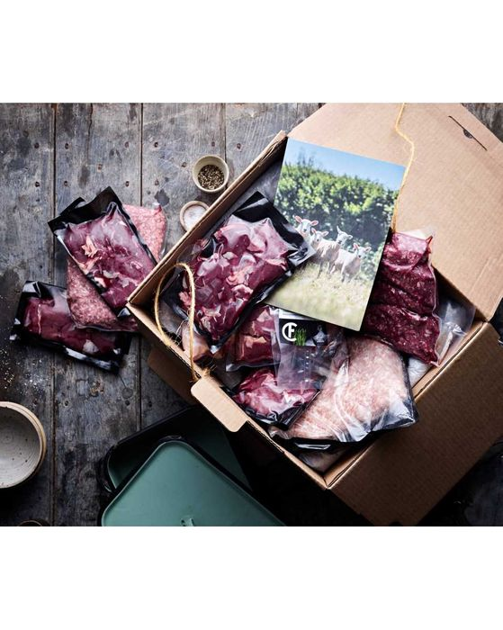 The August Organic Meat Box - Only £60!
