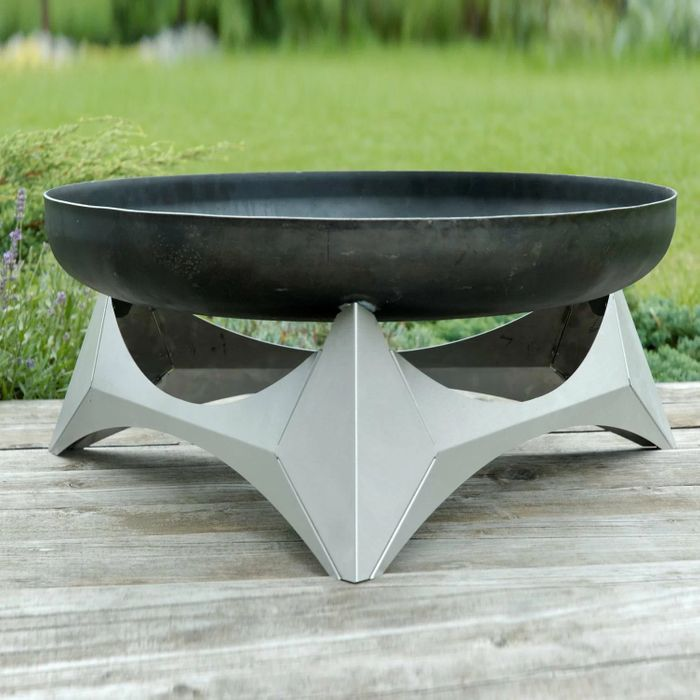 Quesada Stainless Steel Charcoal/Wood Burning Fire Pit