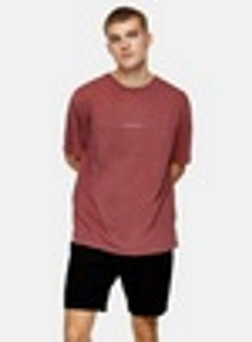 Burgundy Berlin T-Shirt