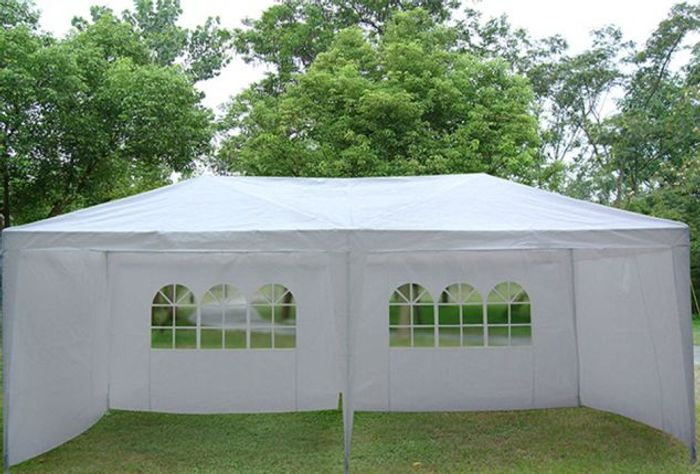 Extra Large, Water-Repellent Party Tent