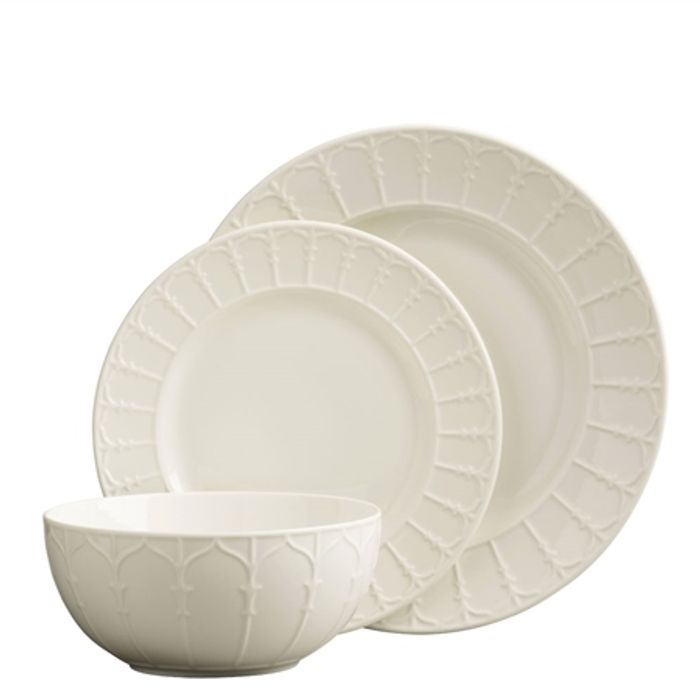 £10 offOrders over £100 at Belleek Pottery