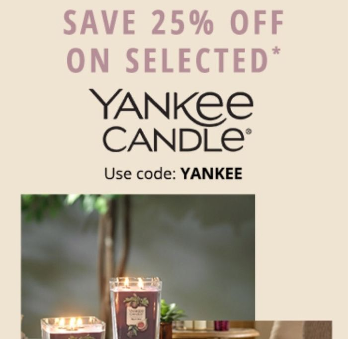 25% off Selected Yankee Candles at Fragrance Direct