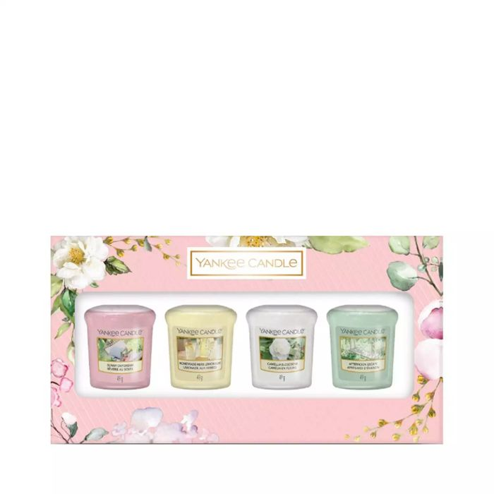 Yankee Candle - 4 Pack Assorted Votive Scented Candles