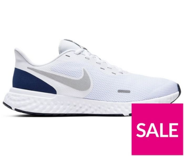Nike Revolution 5 - White/Silver - Only £30!