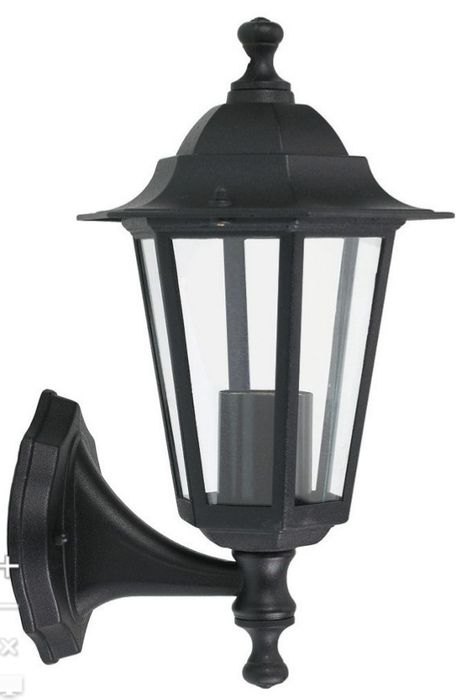 6 Sided Lantern Style Outdoor Light - Black Or White - £3