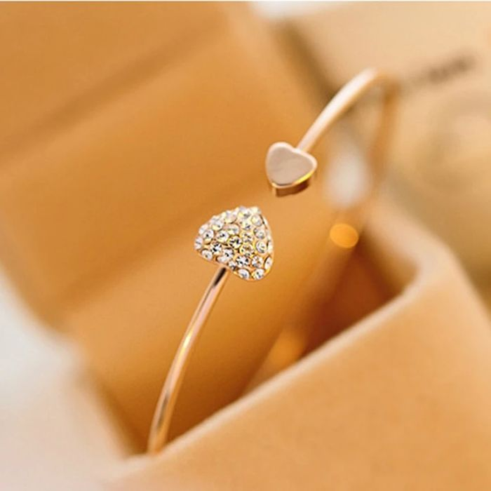 Free Double Heart Bow Bangle worth £22.99 (Silver or Gold)