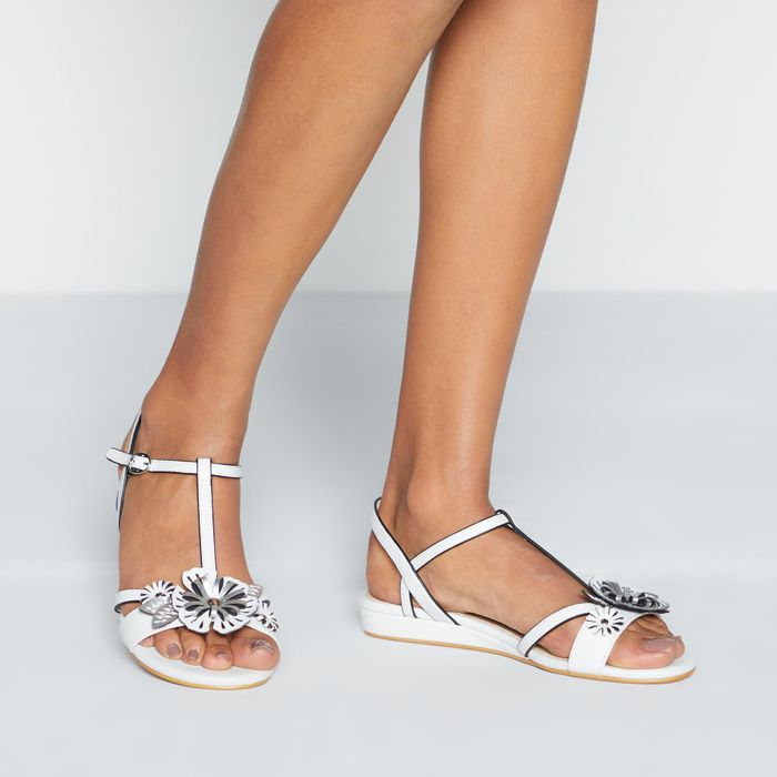 Good for the Sole - White Flower Strap 'Galloper' Wide Fit Sandals
