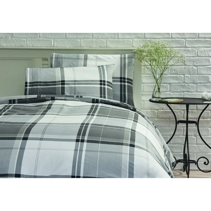 Wilko Checked Design Black and Grey King Size Duvet Set