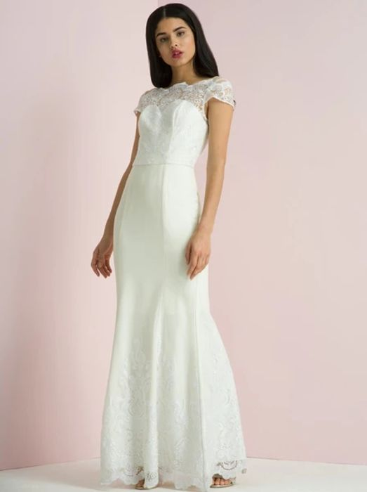 Special Offer - Upto 82 Percent off Wedding Dresses