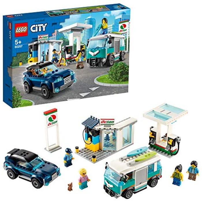 LEGO City Nitro Wheels Service Station Building Set with SUV
