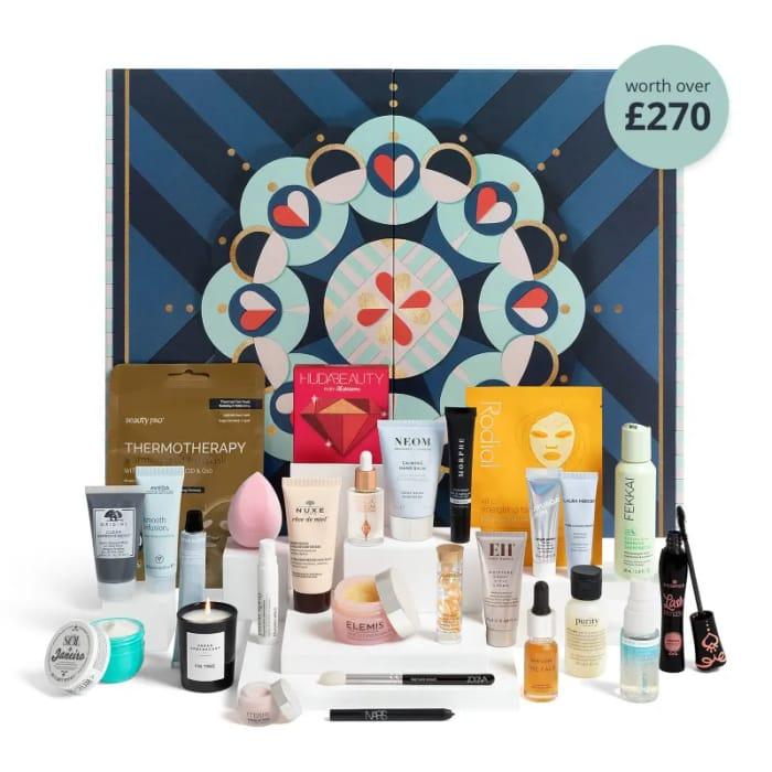 Feelunique Beauty Advent Calendar 2020 - 1 Calendar Has 2 X £1000 Inside it