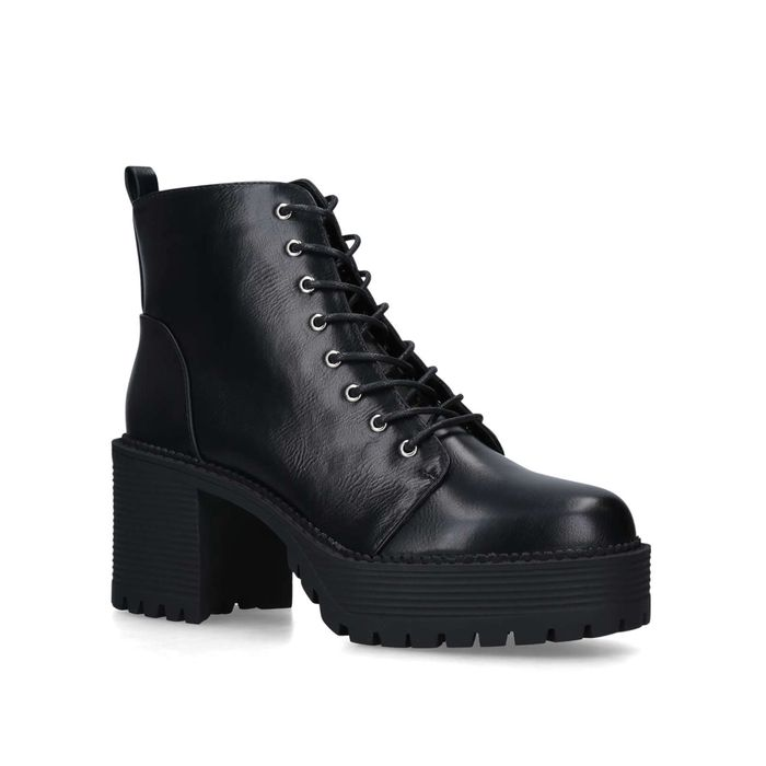 EXTRA 40% off Boots