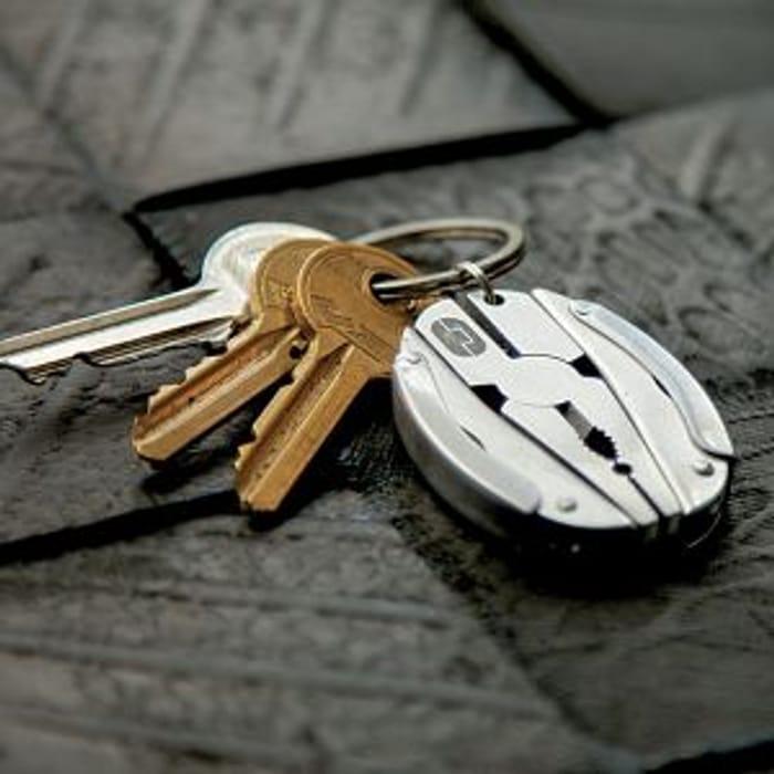 Cheap Multi Tool Keyring - Scarab Only £12!
