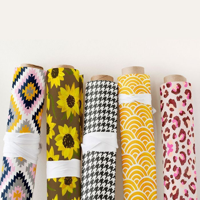 6 Free Fabric Swatch Samples.