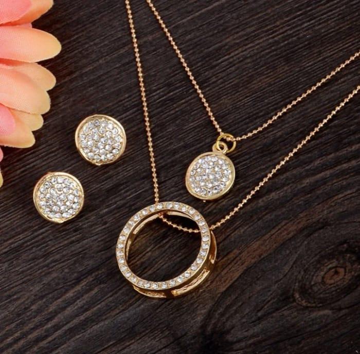 Alloy Gold Jewellery Set - P&P Applies