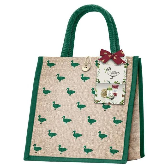 Baylis & Harding the Fuzzy Duck Winter Wonderland Luxury Bag Set