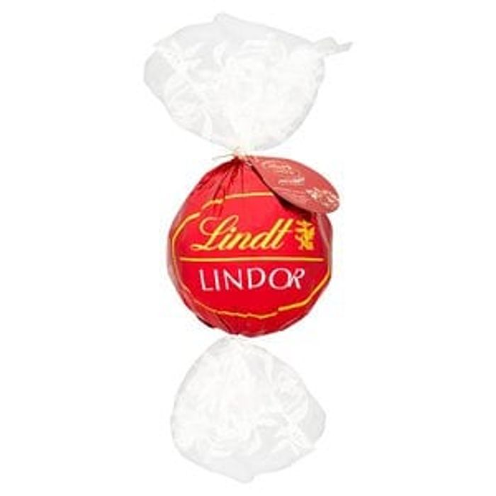 Lindt Lindor Chocolate Giant Ball with 44 Milk Truffles