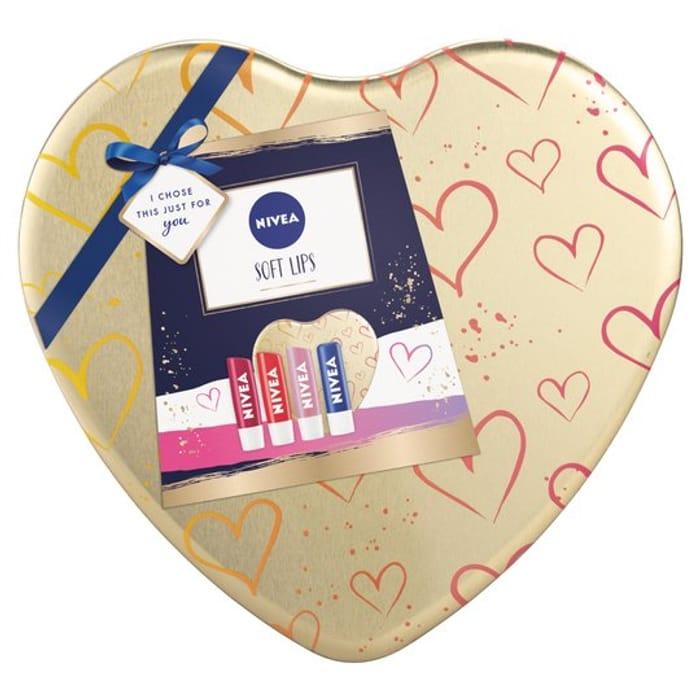 Nivea Soft Lips Gift Set HALF PRICE
