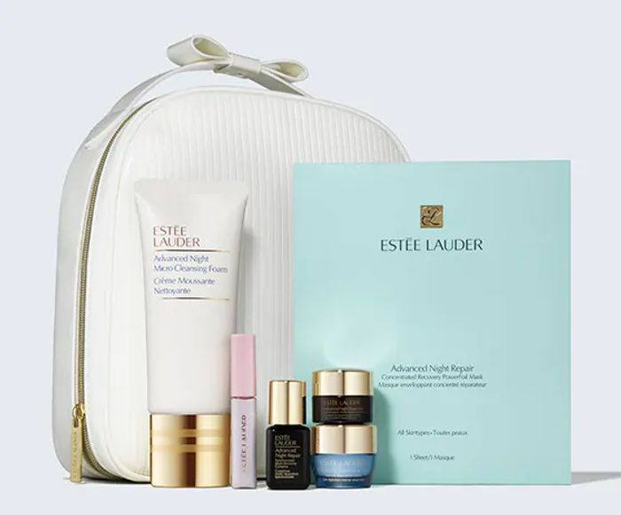 Estee Lauder The Night Is Yours Gift Set