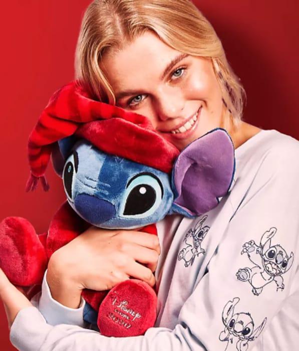 Offer Stack Free Mickey, Minnie Or Stitch Worth £21.50 WYS £50 At shopDisney!