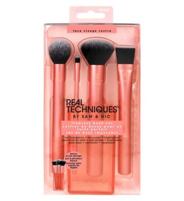 Black Friday - save 1/3 on Real Techniques Flawless Base Set - Online Only