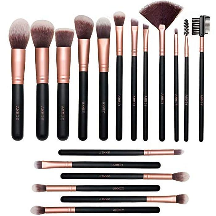 18 Piece Makeup Brush Set - Only £5!