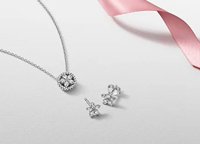 Free Delivery on All Orders at Pandora
