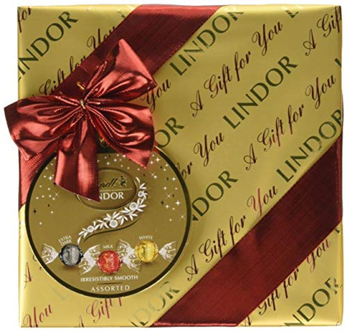 Lindt Lindor Gift Wrapped Assorted Chocolate Box, 287 G