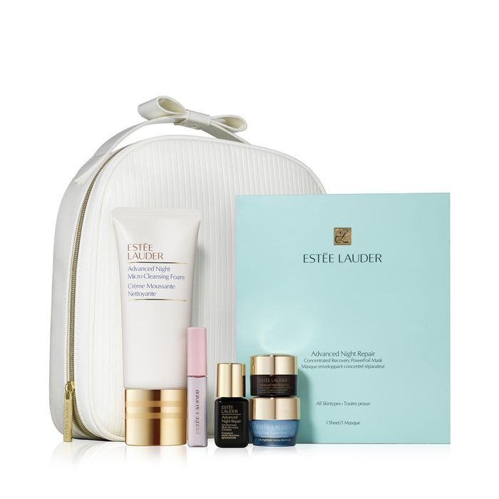 Este Lauder - Limited Edition 'The Night is Yours' Travel Bag Gift Set