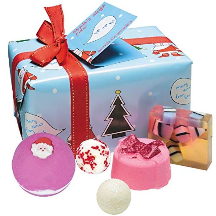 Bomb Cosmetics Santa's Sleigh Ride Handmade Wrapped Bath and Body Gift