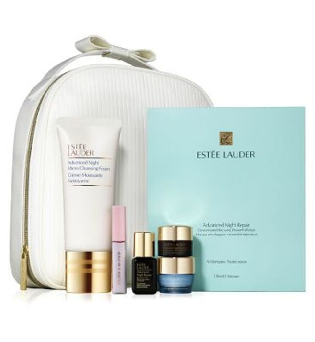 Este Lauder the Night is Yours Gift Set worth £122.60