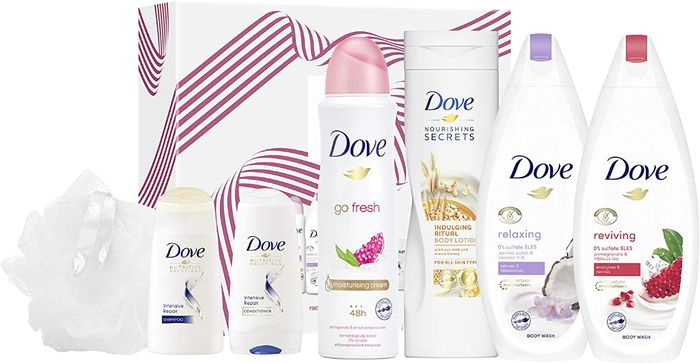 BEST EVER PRICE Dove Radiantly Refreshing Collection Gift Set