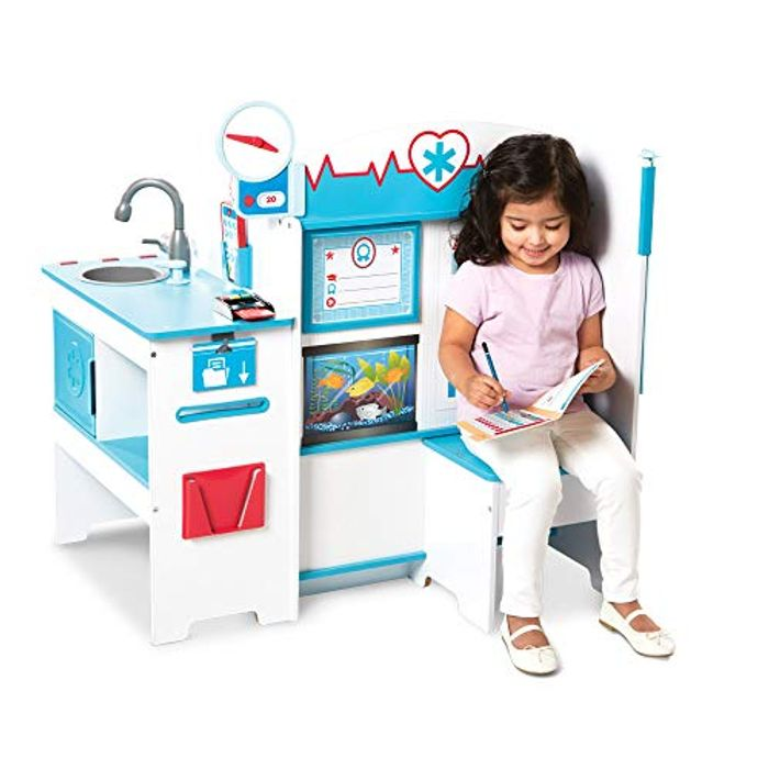 Melissa & Doug Doctor Activity Centre