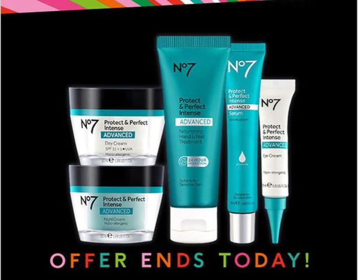 BLACK FRIDAY No7 Black Friday Deal 1/2 Price No7 Protect & Perfect Skincare